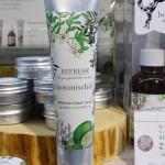 手荒れがひどい乾燥性敏感肌の保湿ケア・エイジングケアに!「botanischol(ボタニッシュエール)モイスチャーハンドクリーム」
