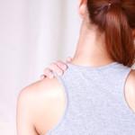 筋肉をほぐしても繰り返す肩こりの本当の原因と解消ストレッチ法